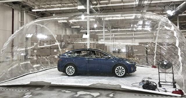 Tesla Model X Biodefence Mode