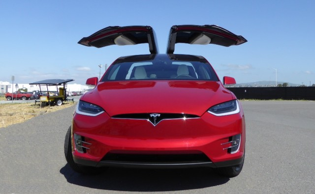 Tesla Fabrik Model X