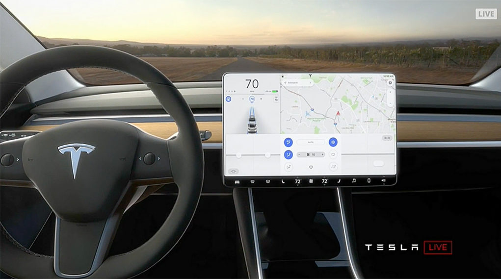Cockpit vom Tesla Model 3