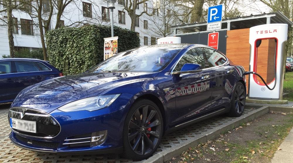Elektroauto Tesla Model S P90D