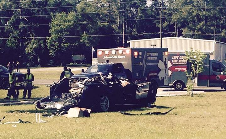 Unfallbild von Bobby Vankavelaar Tesla Model S Autopilot